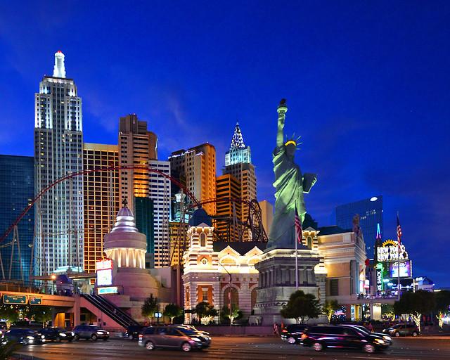 Hotel New York, New York de Las Vegas en la hora mágica