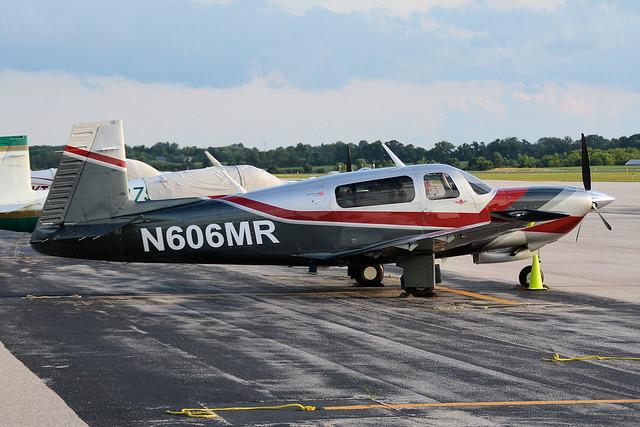 N606MR