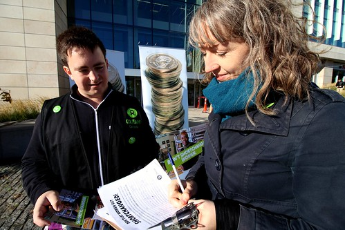 Shortchanged Petition signing | by Oxfam Canada
