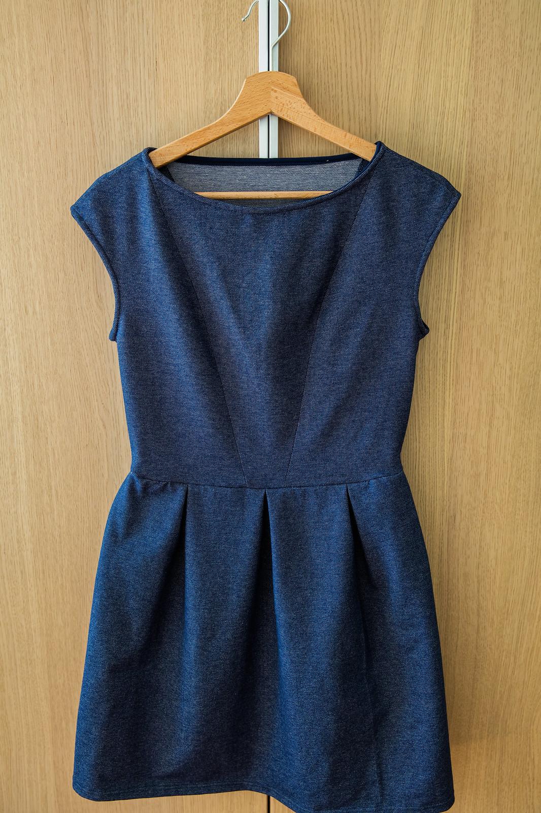 Gotowa sukienka