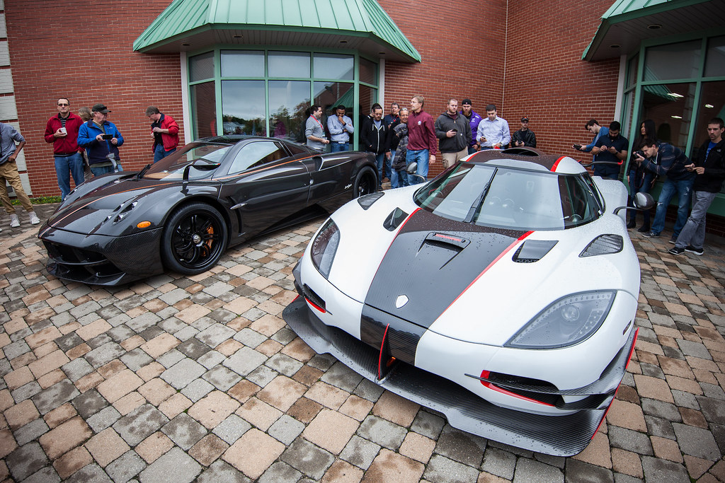 Lake Forest Sports Cars >> Lake Forest Sports Cars 2016 Pagani Huayra Next To Koenigs Flickr