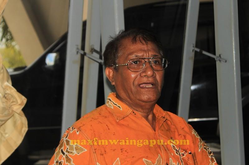 Ketua DPRD Sumba Timur : Palulu P. Ndima