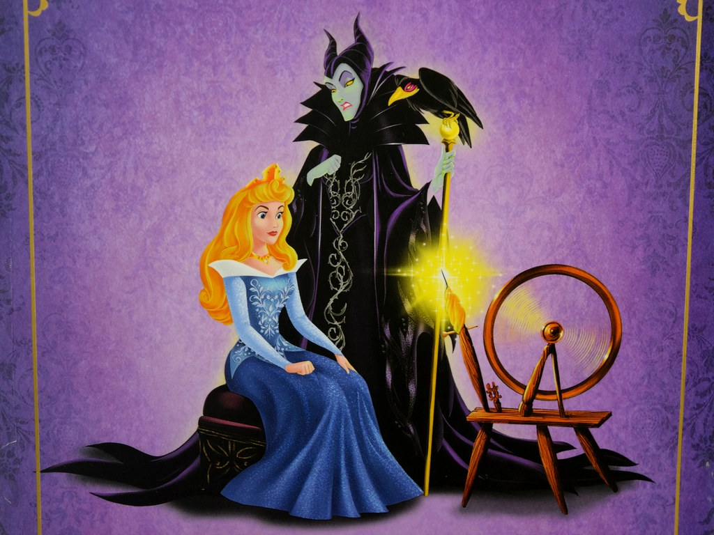 Aurora And Maleficent Doll Set Disney Fairytale Designer