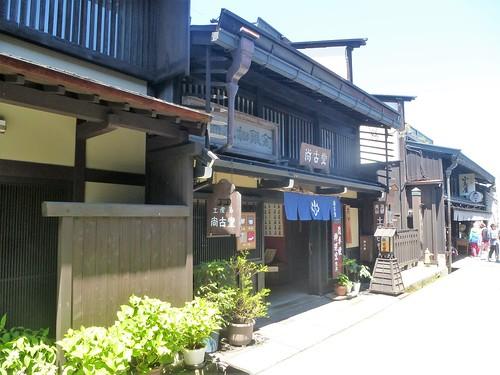 jp16-Takayama-Sanmachi-suji (1)
