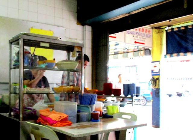 Chieng's Corner kampua stall