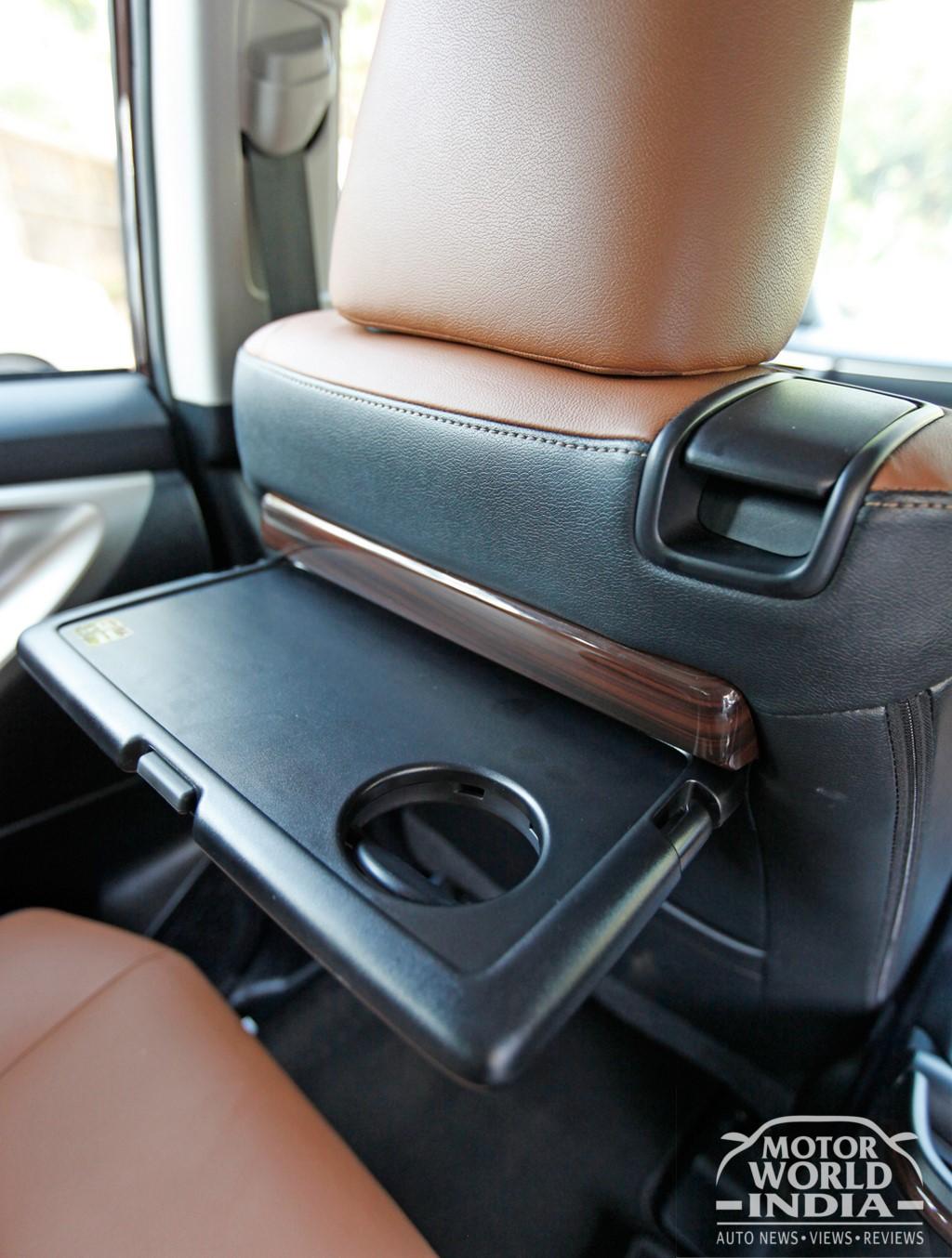 Toyota-Innova-Crysta-Interior-Front-Seat (5)
