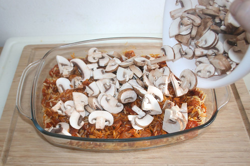 16 - Champignons addieren / Add mushrooms