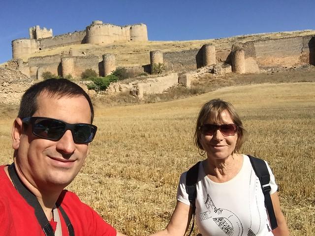 Con mi madre en Berlanga de Duero (Tierras de Berlanga)