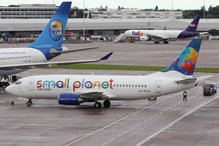 Small Planet Airlines B737-300 LY-FLH | by Purpleheepster