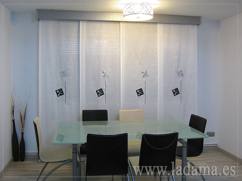 Cortinas salon moderno paneles japoneses panel japon s for Cortinas de salon modernas 2016