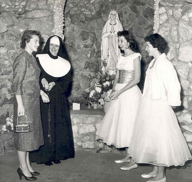 Sisters Of Notre Dame De Namur Grotto Salinas, California