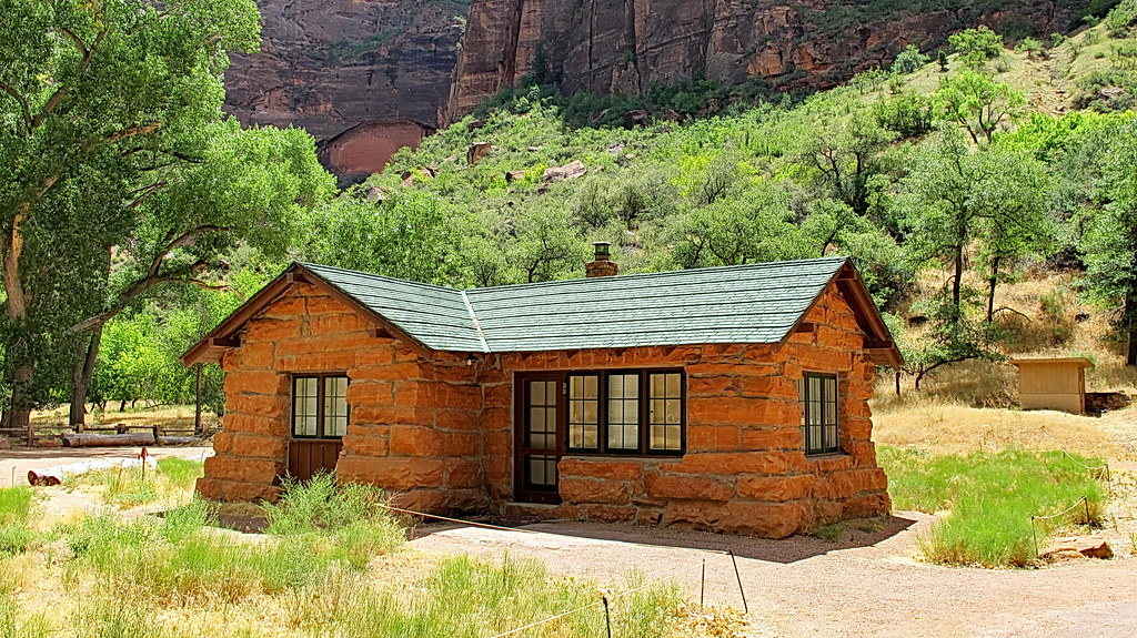 ... Zion National Park   Grotto Building   First Visitor Center | By  Al_HikesAZ