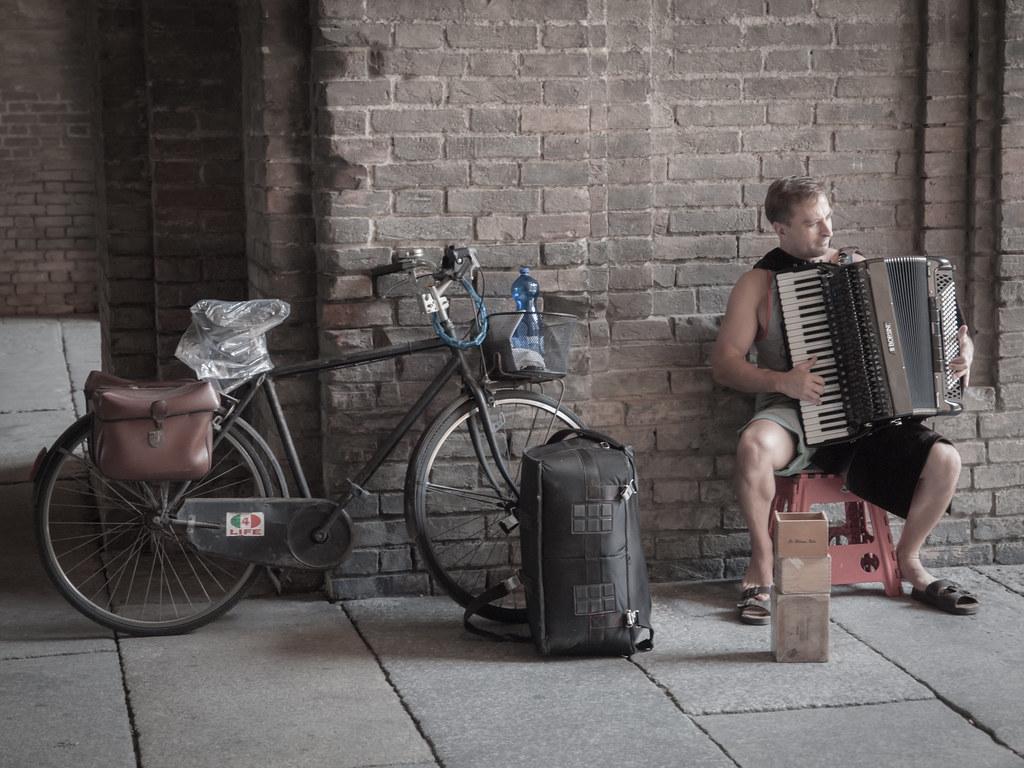 Parma Street Musician Street Musician Parma Italy Flickr