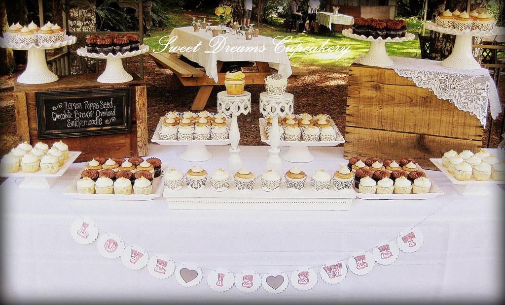 Elegance On Display Wedding Cakes