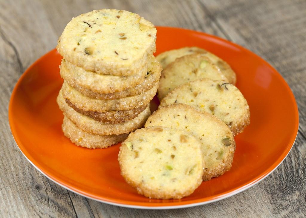 Pistachio-Orange Shortbread Cookies   recipe: www ...