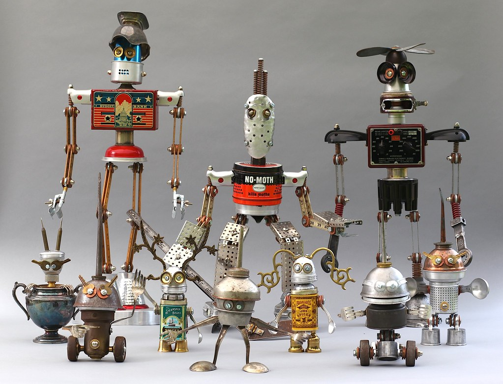 Found object robot assemblage sculptures 2 brian for Waste material object