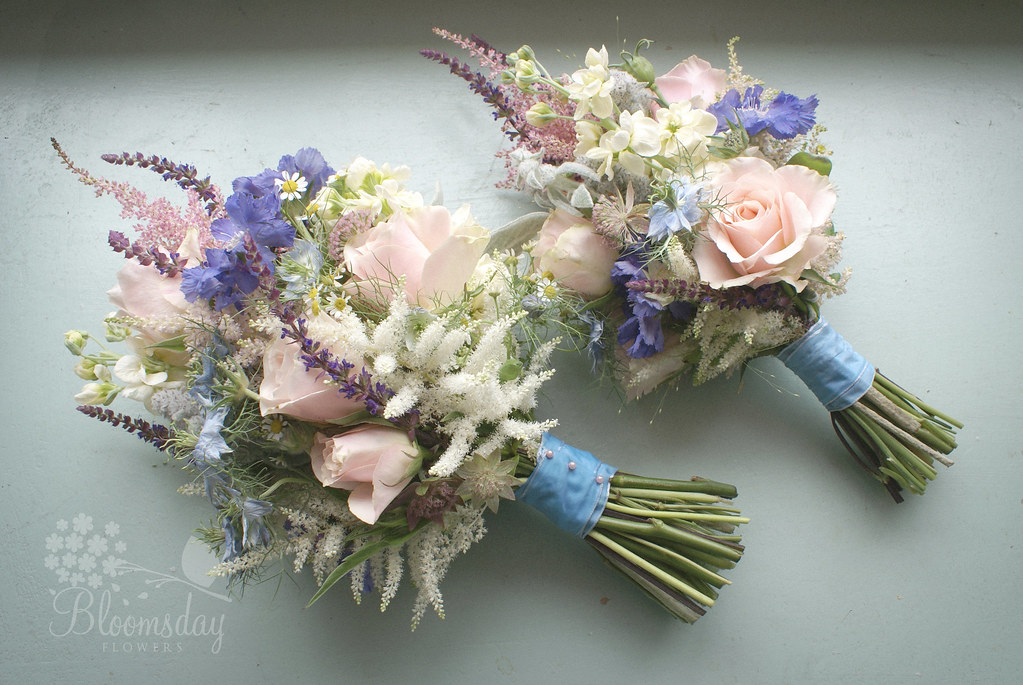 Summer pastel bouquet astilbe roses salvia scabiosa for Pastel colored flower arrangements