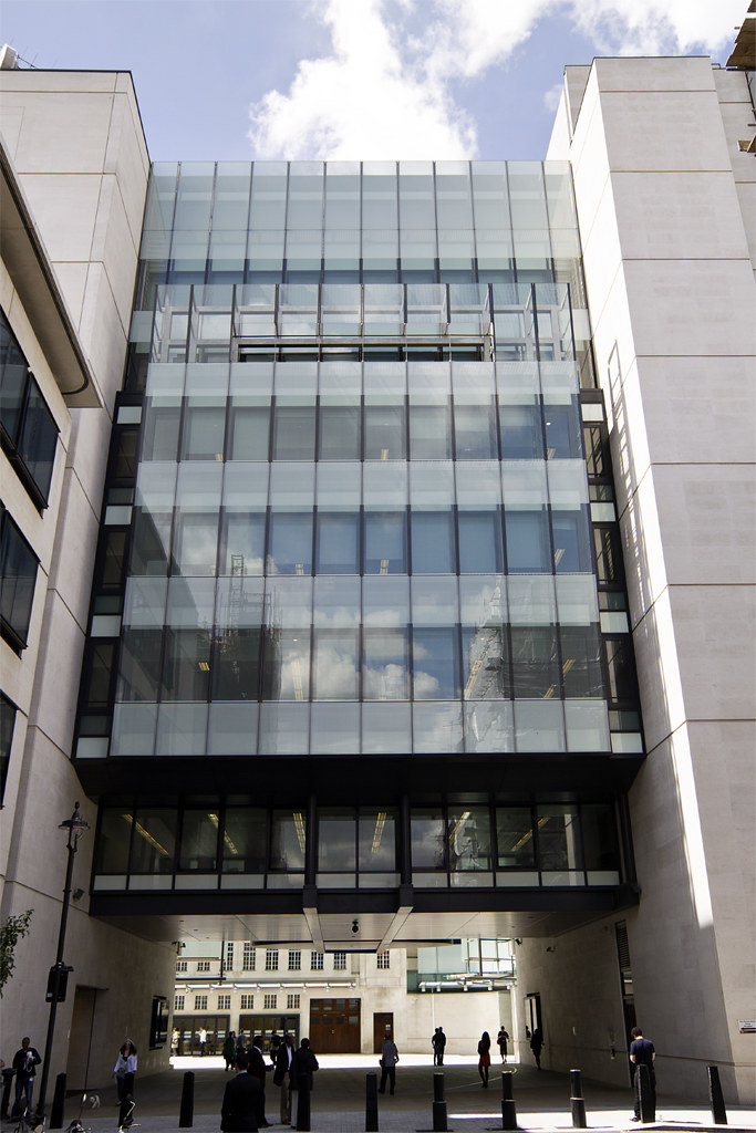 Bbc Broadcasting House Glass Lift