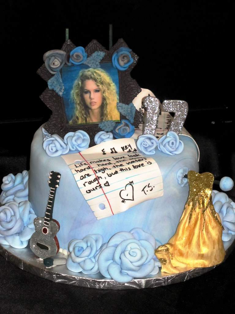 Taylor Swift Birthday Cake Don T Own An Edible Image
