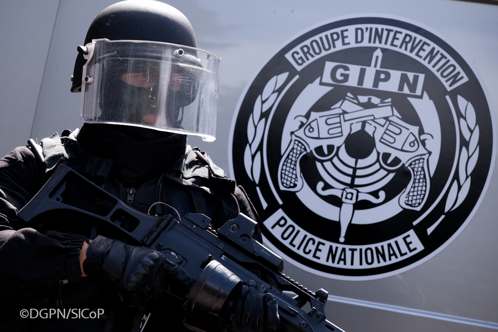 groupe d 39 intervention de la police nationale gipn flickr. Black Bedroom Furniture Sets. Home Design Ideas