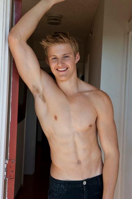 Alexander ludwig shirtless