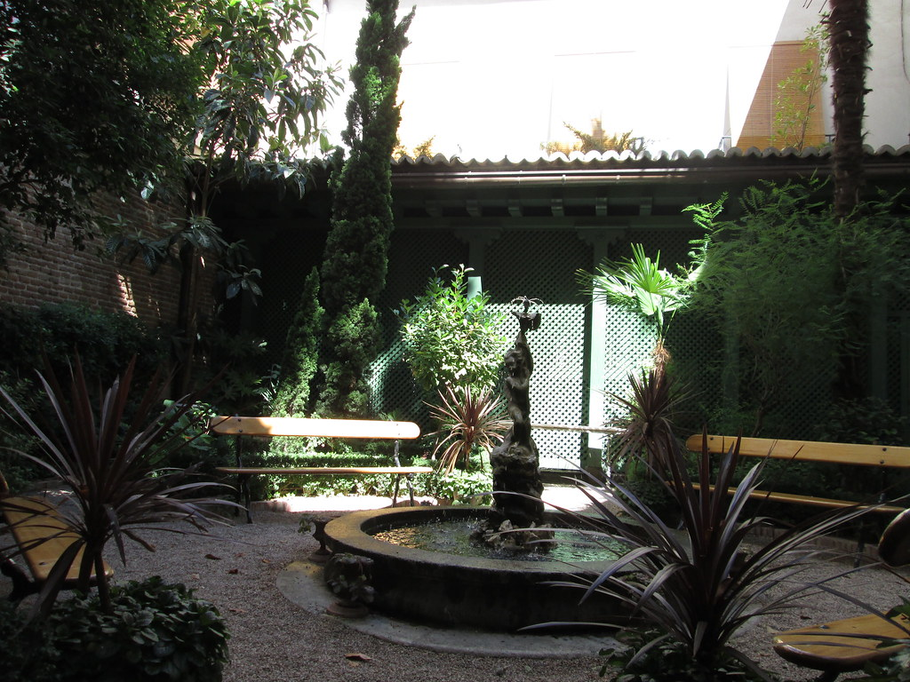 Caf del jard n museo del romanticismo madrid carmen for Cafe el jardin madrid