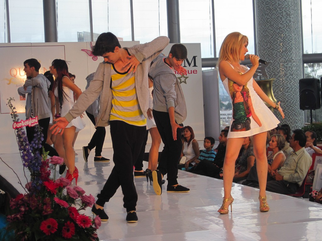 Fashion Shows For Teenagers TEEN FASHION SHOW AT THE