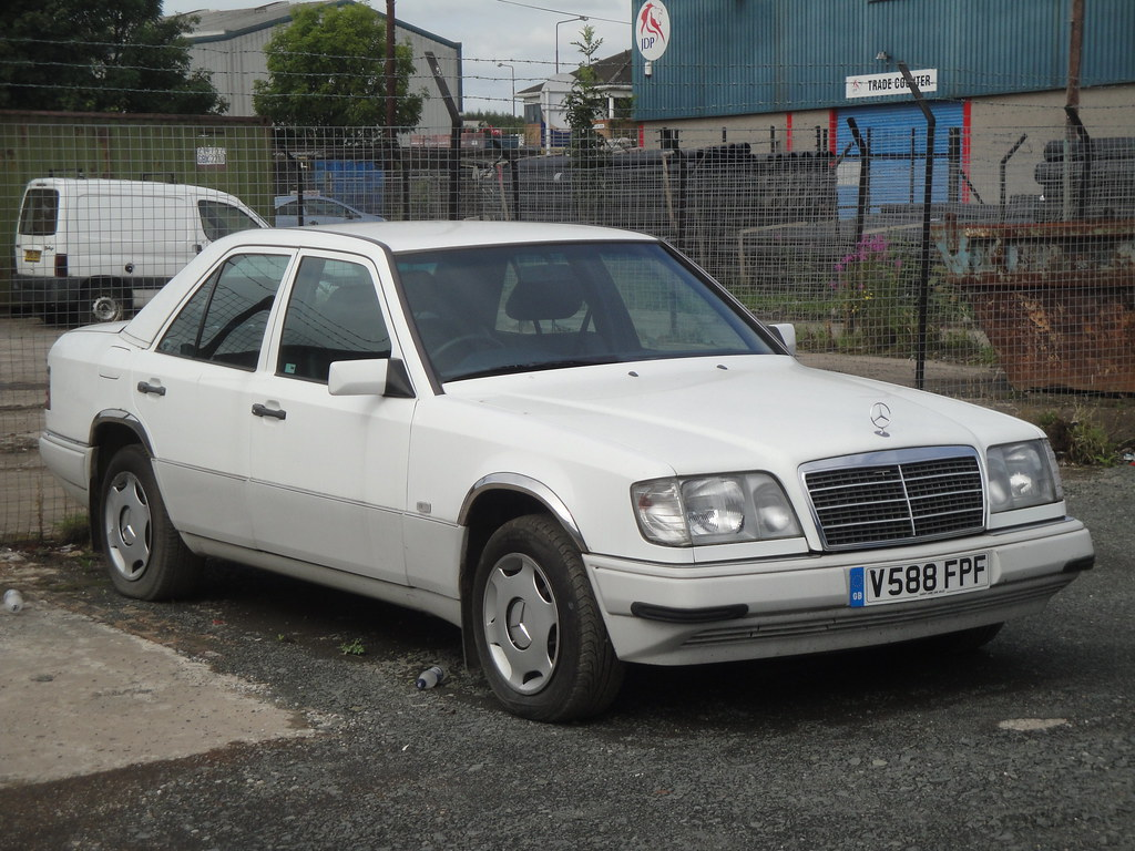 1997 Mercedes Benz E220 Registered On 17 12 1999 Very Lat Flickr