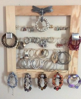 Earring holder | by Rosi G.