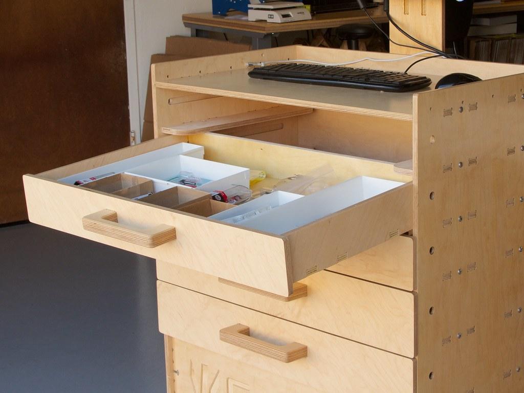 Cnc Workstation 22 Our New Design For A Cnc Cut Computer