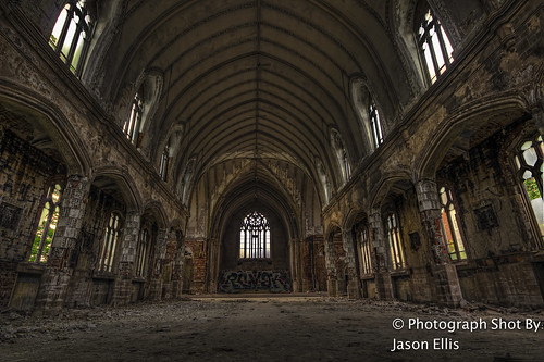St Agnes Main Hall | by JRE313
