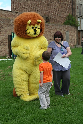 Lennox the lion giving out stickers | by east_lothian_museums