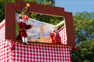 Punch and Judy on the beach at Osborne | by s0ulsurfing