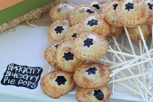 Blackberry-Blueberry Pie Pops | by Sweet Lauren Cakes