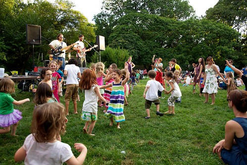 Brooklyn Botanic Garden Family Night/Summer | by elisbrown