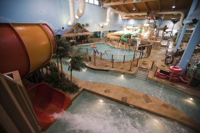 Grand Forks Canad Inn Waterpark Travel Pictures