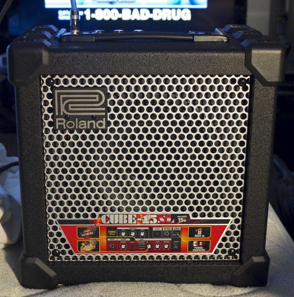 Roland Mobile Cube Vs Yamaha Thr