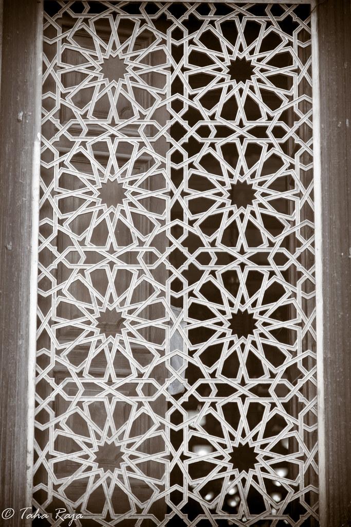 classic islamic design grill 1  80 sec at f  4 0 93 ef24
