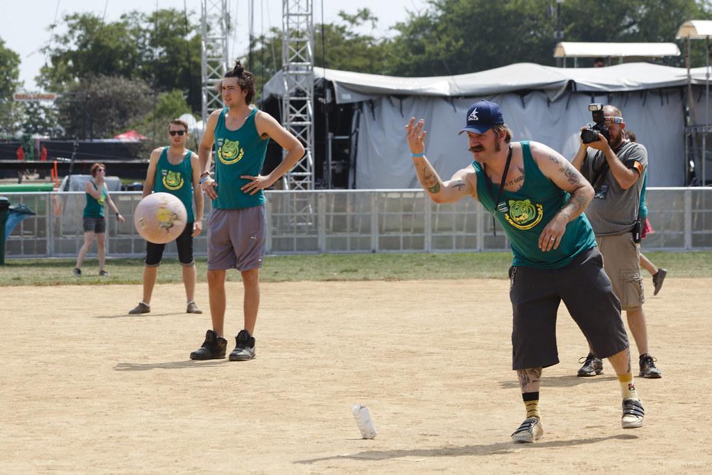Do312 Celebrity Kickball Game - Grant Park - 5 visitors