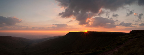 Brecon Beacons sunrise | by GarethJohns