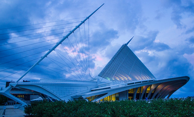 Milwaukee Art Museum at Twilight