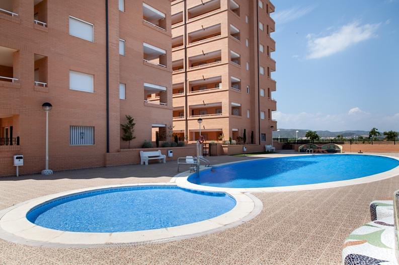 Promoci n tu casa en la playa en marina d 39 or for Pisos banco sabadell