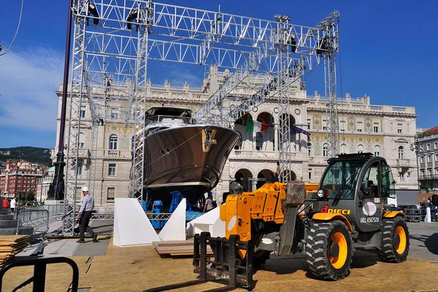 Beneteau Monte Carlo S Virtual Tour
