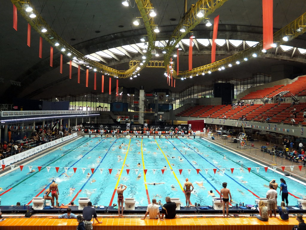 Piscine olympique de montr al olympic pool mark 39 n for Piscine olympique