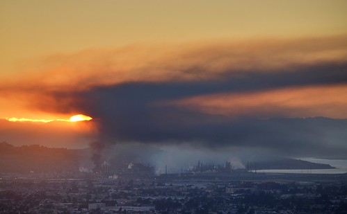 Chevron Refinery Fire (4) | by D.H. Parks