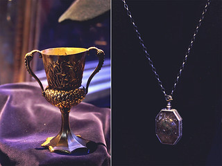 The cup and the necklace | by cgines
