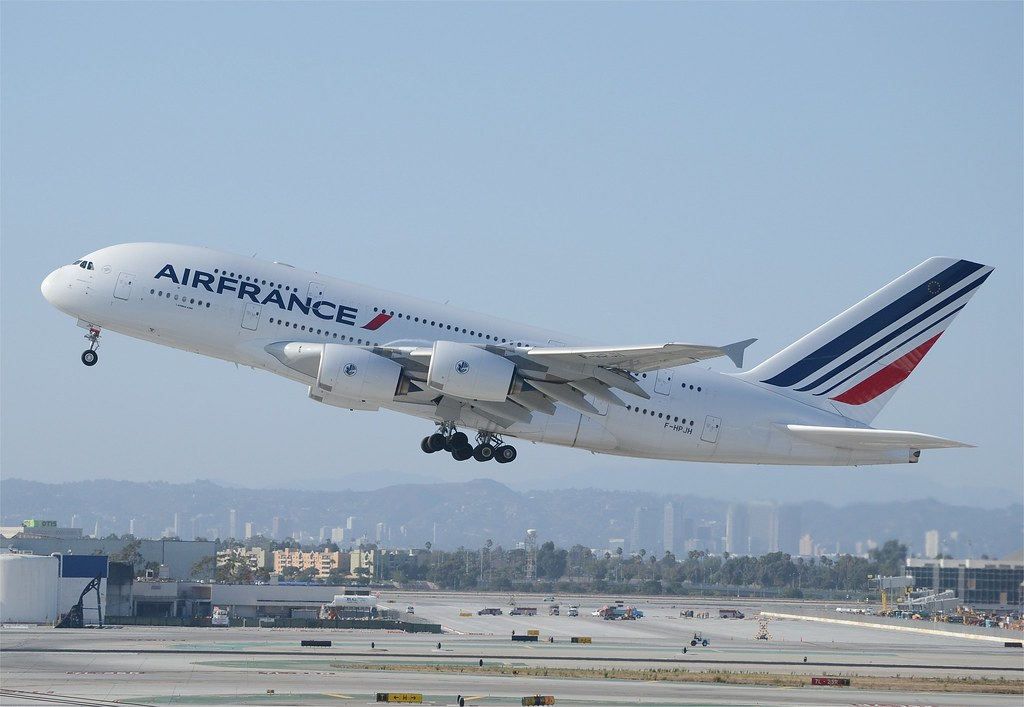 Air france a380 lax takeoff 3 air france a380 f hpjh for A380 air france interieur