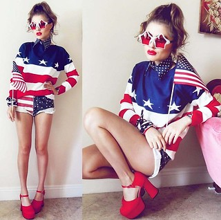 USA flag sweater | by Paris_Ge