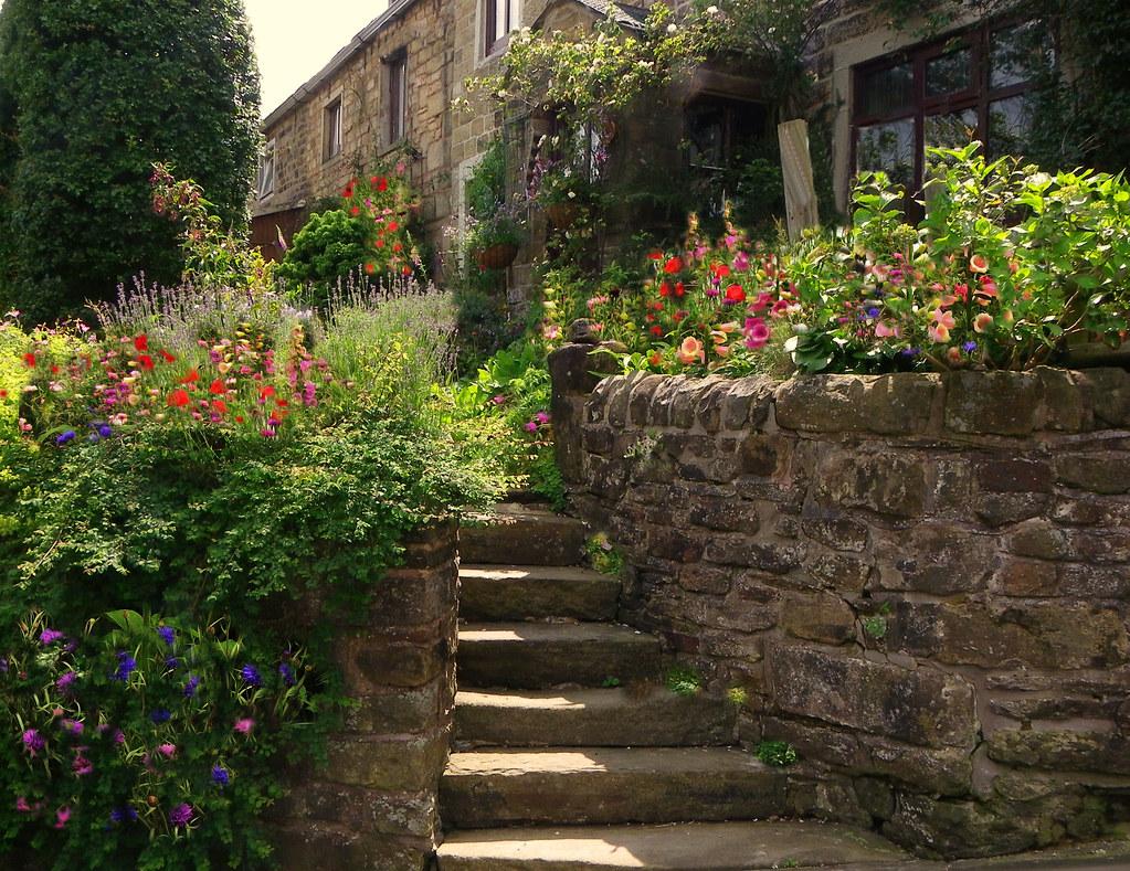 An English country garden ! | Found in my village , Trawden,… | Flickr