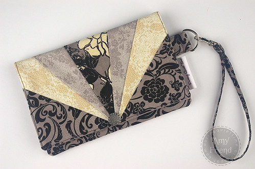 Envelope Wristlet Tutorial | by During Quiet Time (Amy)